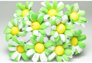 Цветы Ромашки, 2.5-3 см, салатово-белые, в пучке 10 цветков