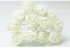 Роза с фатином 2 см, айвори, в пучке 12 цветков