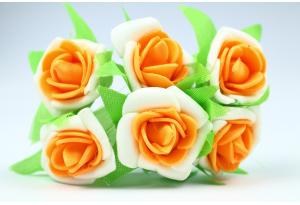 Цветы Роза двухцветная 2.5-3 см, бело-оранжевая, в пучке 6 цветков