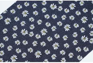 Экокожа (ткань) с ромашками и глиттером 19x30 см, толщина 1 мм, сапфировая