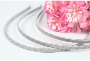 Обруч металл, обмотанный атласной лентой, 6 мм, серый