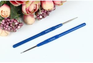 Крючок для вязания с пластмассовой ручкой 1.0 мм