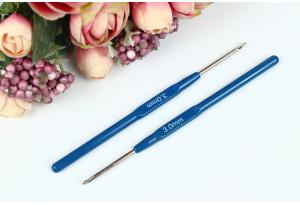 Крючок для вязания с пластмассовой ручкой 3.0 мм