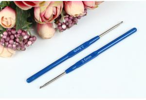 Крючок для вязания с пластмассовой ручкой 3.5 мм