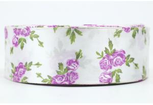Атласная лента 4 см, с рисунком Розочка, бело-фиолетовая