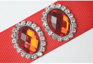 Кабошон металл серебро 2,4x1,9 см, овальный, с красным камнем и стразами