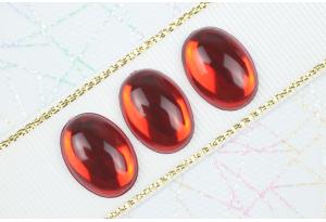 Камень клеевой Роса, полупрозрачный, 18*13 мм, красный