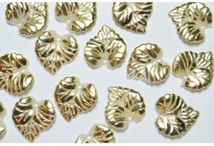 Кабошон, листик, 1,5 см, жемчужный с золотом
